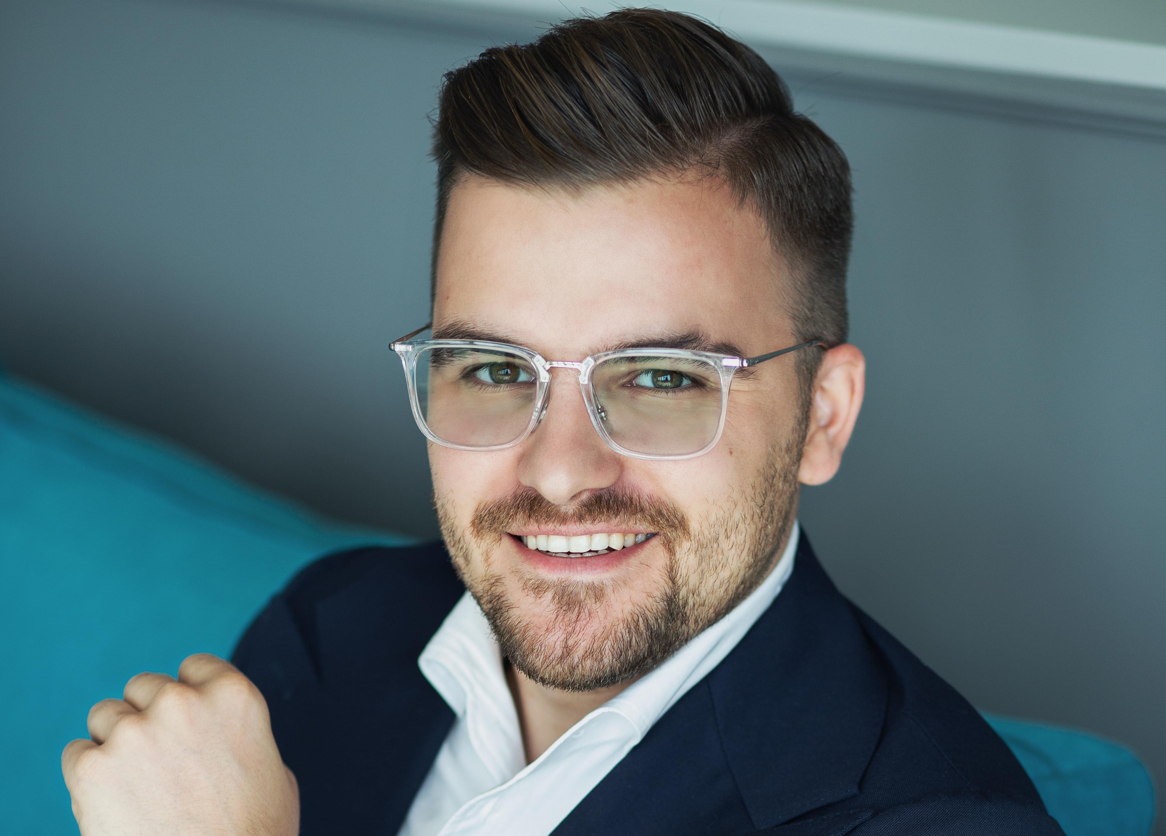 Mam Startup: To pierwszy tak duży projekt w moim życiu i mam ogromny fun z pracy nad tym serwisem – Jakub Roskosz (DużeRabaty.pl)