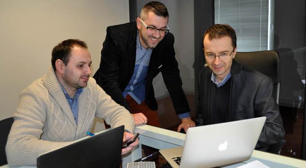 Od prawej - Robert Pusz, Robert Mińczyków i Marcin Łuszczyński, GraphicMail Polska