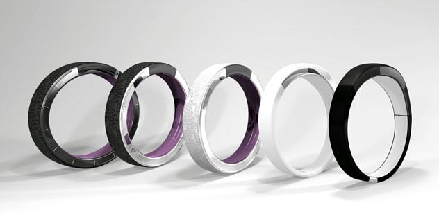 fot. indiegogo.com | Ten smartwatch pokaże godzinęna ręce. Dosłownie